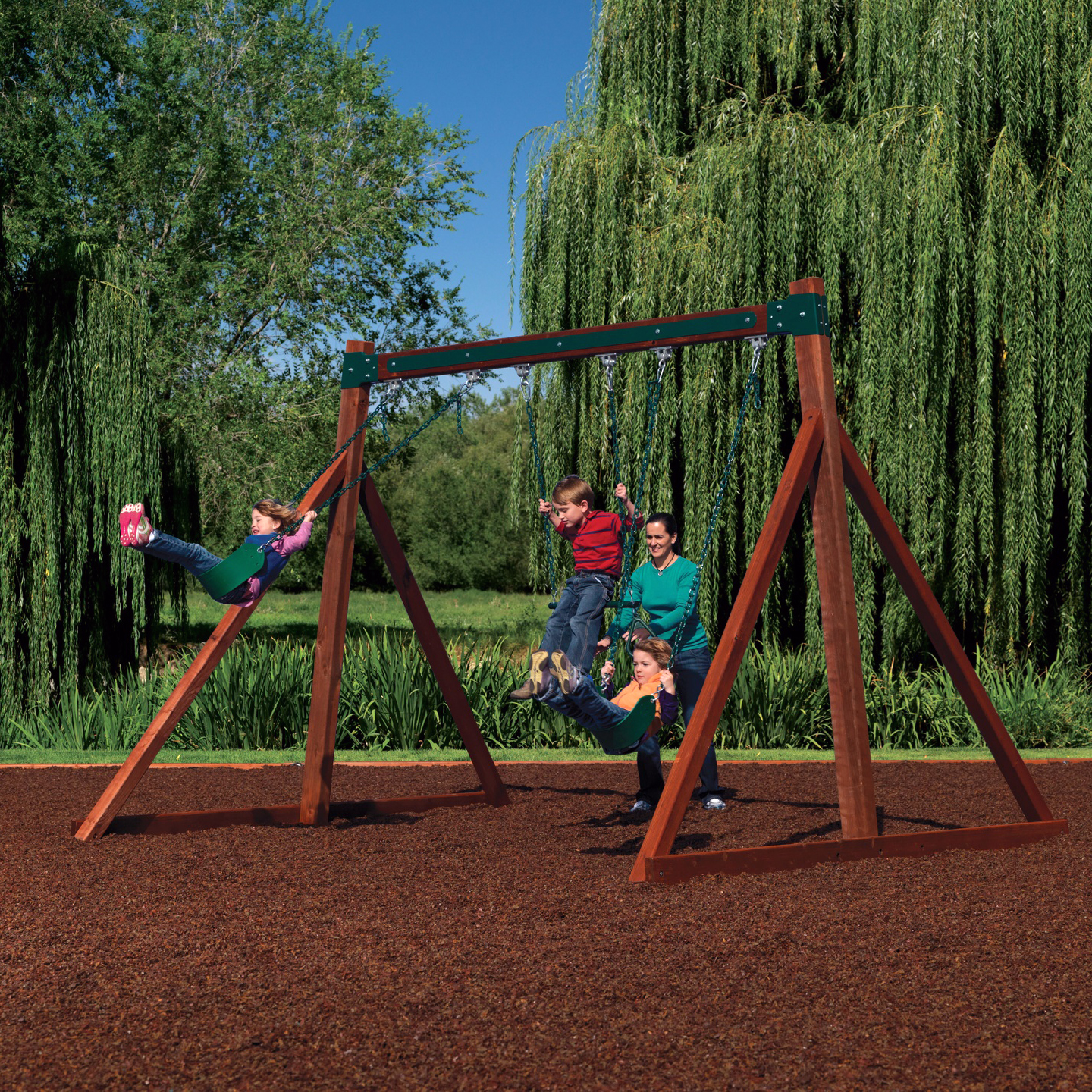 Free Standing Swing Set With 2 Belt Swings And A Trapeze Bar